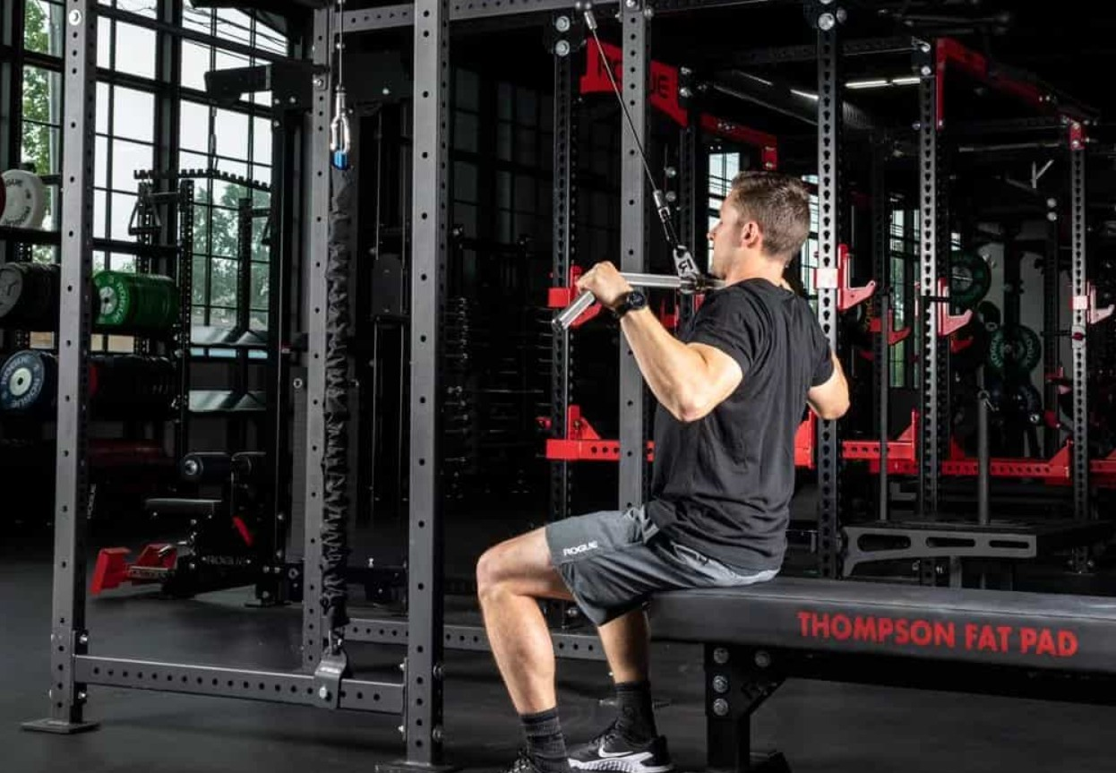 How To Choose The Best Lat Pulldown Machines